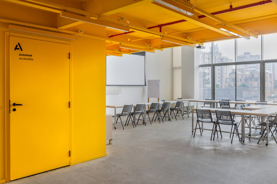 Escola britanica de artes criativas by architectural bureau form