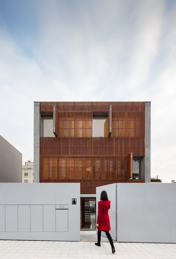 House in Bonfim by AZO Architects | Detached houses