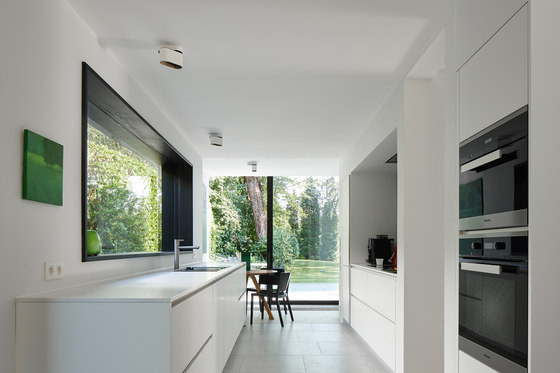 Renovation and Extension of A Flemish Villa by Martens-Brunet Architects | Detached houses