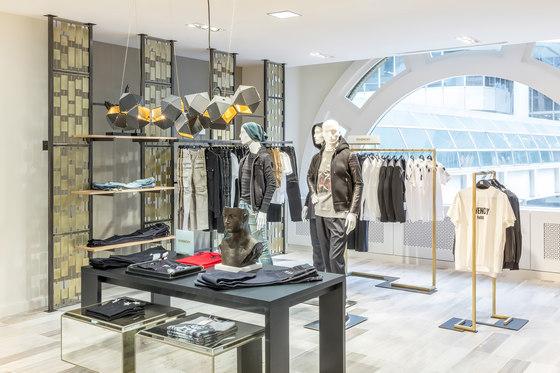 Pitsou Kedem Architects de FRCH Design Worldwide | Intérieurs de magasin