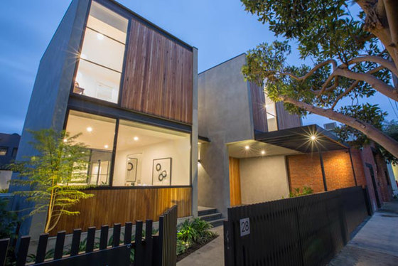 Outer Crescent House by Merrylees Architecture | Detached houses
