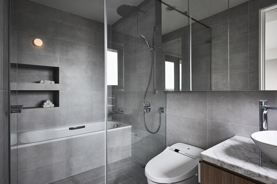 Boundary by wei yi international design associates for Boundary bathrooms