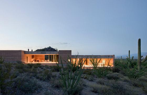 Tucson Mountain Retreat by D U S T | Detached houses