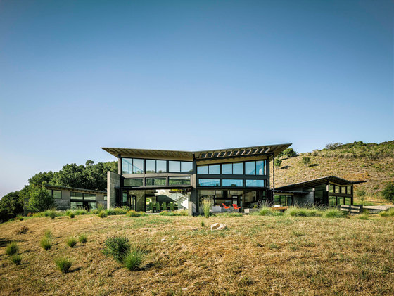 Butterfly House by Feldman Architecture | Detached houses