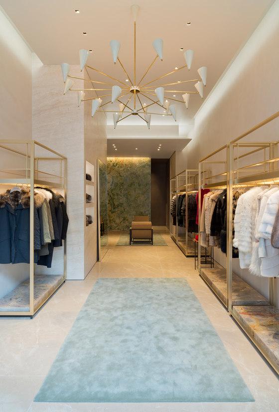 super popular 40305 a0526 Yves Salomon von Bienenstein Concepts | Shop-Interieurs
