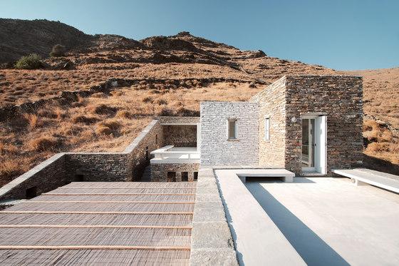 Rocksplit by Cometa Architects | Detached houses