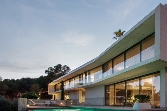 Casa Kalamar by Mano de Santo | Detached houses