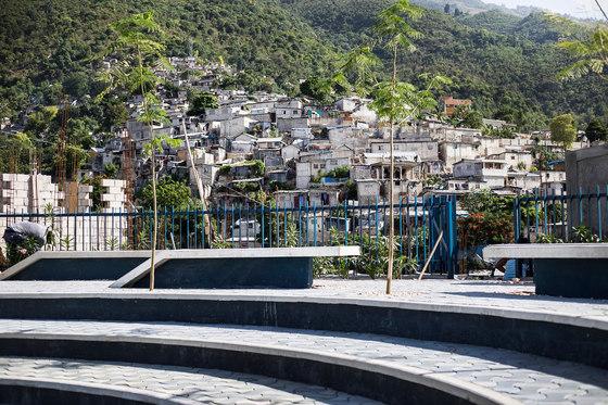 Tapis Rouge by Emergent Vernacular Architecture (EVA Studio) | Public squares