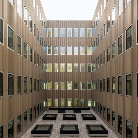 Institut des Sciences Moléculaires d'Orsay by KAAN Architecten | Universities