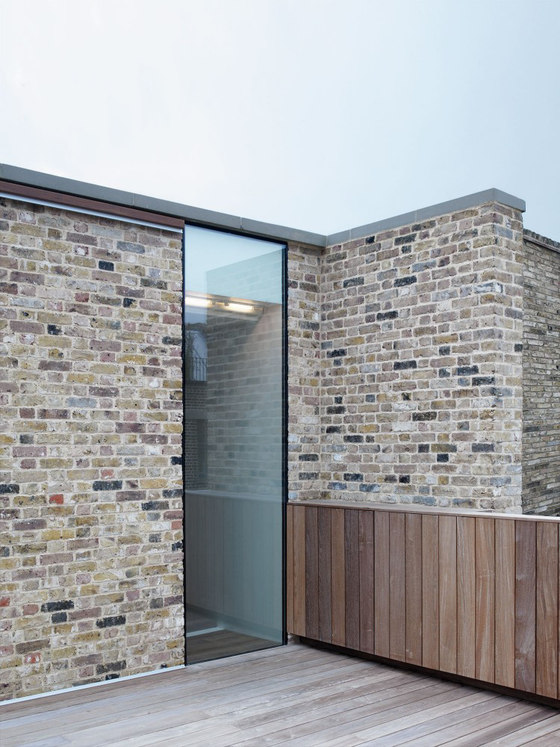 Charlotte Road by McLaren Excell | Detached houses