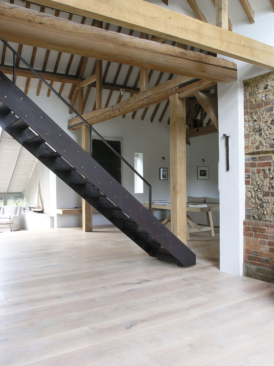 Park Corner Barn by McLaren Excell | Detached houses