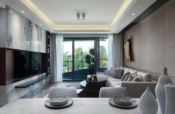 Chengdu Wanhua LuxeLakes Eco-City Show Flat C13, Unit A/B by Shenzhen Qianxun Decorative Art and Design Co., Ltd.   Living space