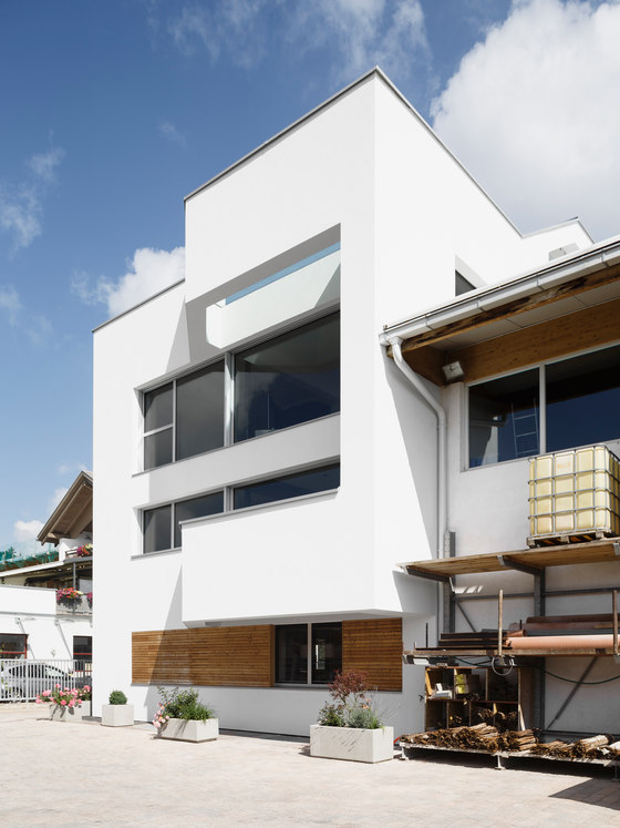 Casa Ploner by Messner Architects | Office buildings