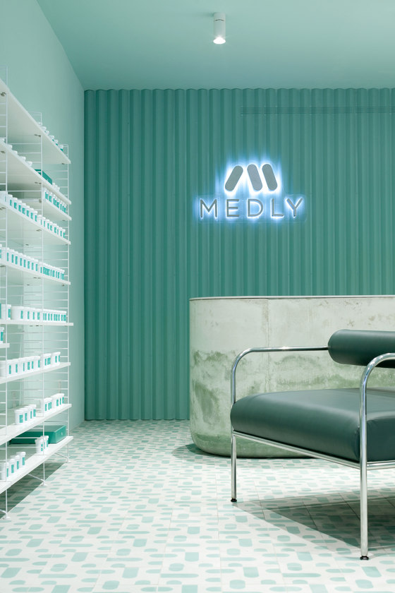 Medly Pharmacy by Sergio Mannino Studio | Shop interiors