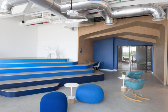 Edelman HQ Abu Dhabi by Roar Design Studio | Office facilities