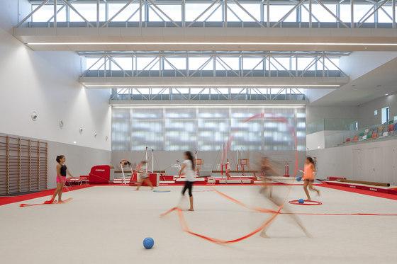 Gymnastics Training Center of Guimaraes by Pitagoras group | Sports halls