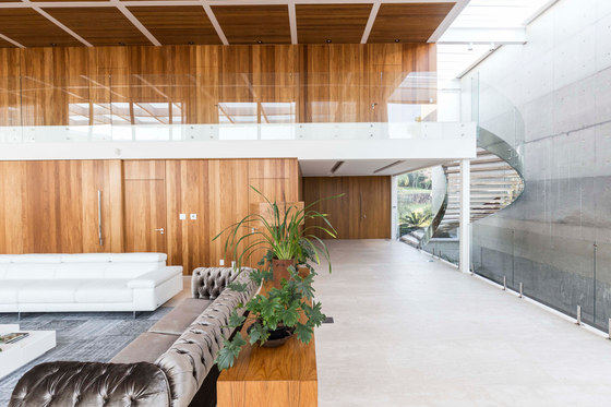 Jardim do Sol House by Hype Studio | Detached houses
