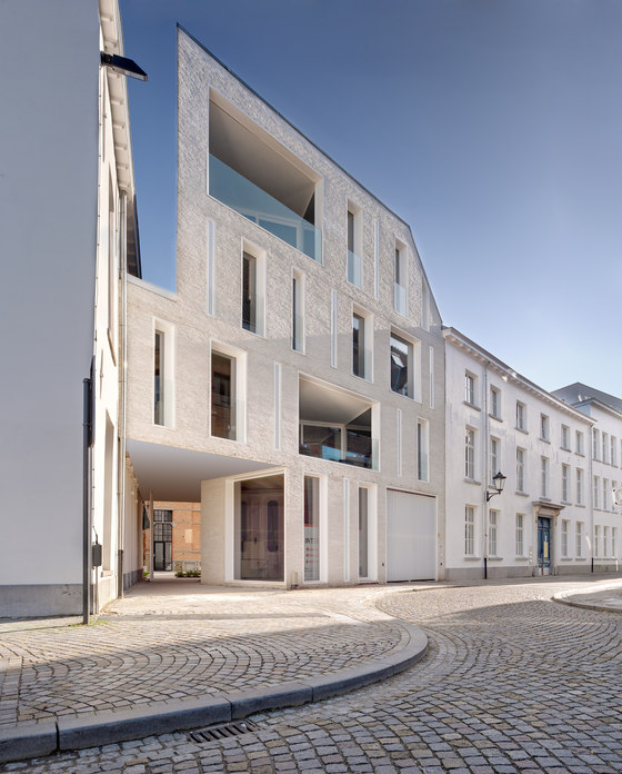 Lorette Convent by dmvA | Apartment blocks