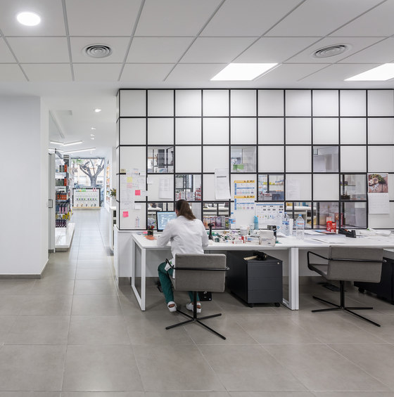 Farmacia Sud by GRID System ApS reference projects | Manufacturer references