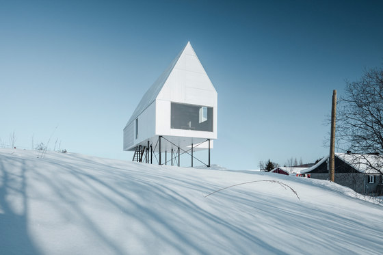 High House by Delordinaire | Detached houses