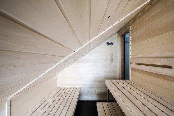 BLACK AND WHITE - PRIVATE HOUSE by DEISL SAUNA & WELLNESS   Private baths