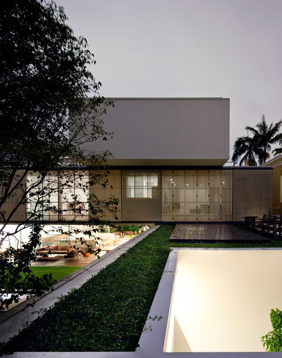 Belgica House by AMZ Architects | Detached houses