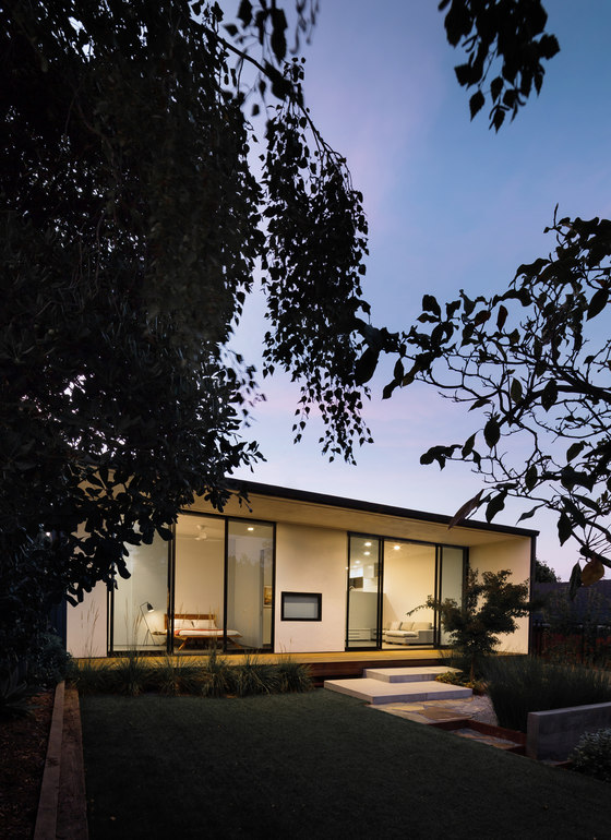 Peninsula by Michael Hennessey Architecture | Detached houses
