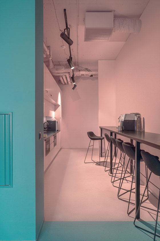 Scholz & Friends by KOS Architects | Office facilities