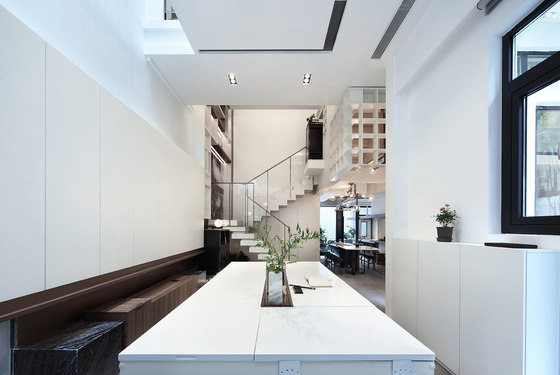 A home without boundary by Inspiration Group | Living space