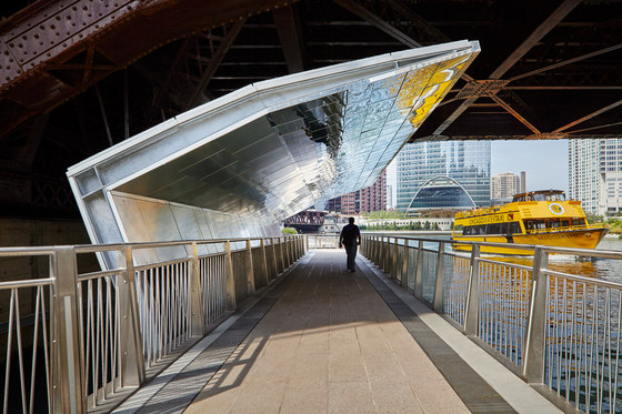 Chicago Riverwalk by Ross Barney Architects | Bridges