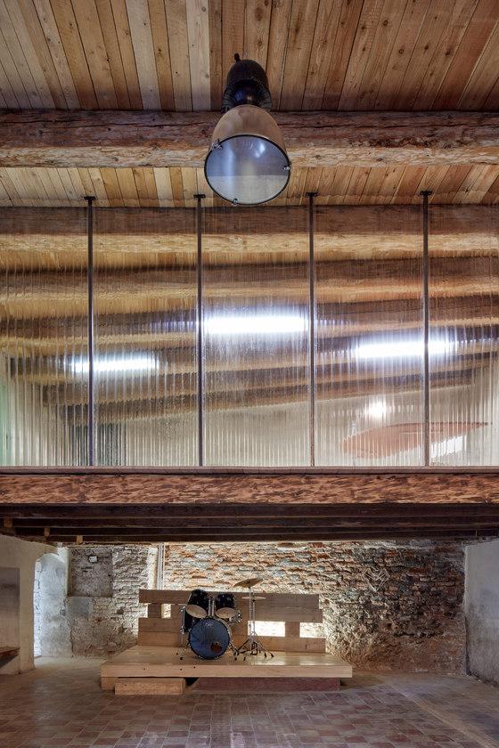 The Distillery: Social Reactor by KOGAA Studio   Office facilities