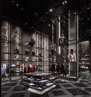 Moncler Dubai Mall | Shop interiors | CURIOSITY
