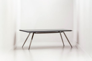 NOGI + CARBON TABLE TOP | Making-ofs | Oskar Zieta