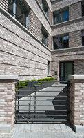 Wohn-und Geschäftshaus R7 | Edifici per uffici | Stefan Forster Architekten