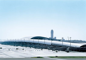 Kansai International Airport Passenger Terminal Building | Aereopori | Renzo Piano Building Workshop