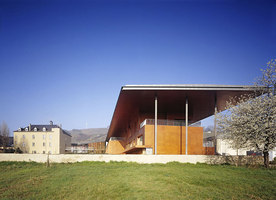 Youth Hostel in Remerschen | Hôtels | HERMANN & VALENTINY and partners