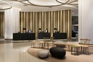 Novotel Century Hong Kong - Lobby Area | Intérieurs d'hôtel | Aedas