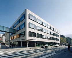 Hypo-Bank Zentrale | Office buildings | Dietrich Untertrifaller Architekten