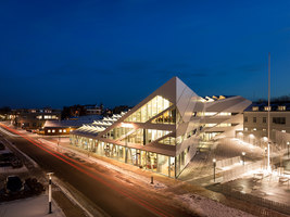 Middelfart Sparekasse | Office buildings | 3XN