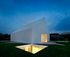 House in Leiria | Detached houses | Aires Mateus e Associados