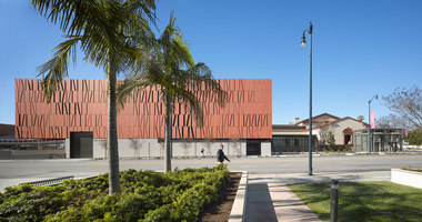 Wallis Annenberg Center for the Performing Arts | Halles de concert | SPF:architects