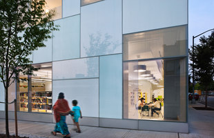 Queens Central Library | Children's Library Discovery Center | Edificios administrativos | 1100: