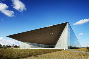 Estonian National Museum | Museos | Dorell.Ghotmeh.Tane / Architects