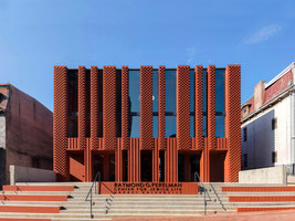 Center for Jewish Life at Drexel University | Università | Stanley Saitowitz | Natoma Architects