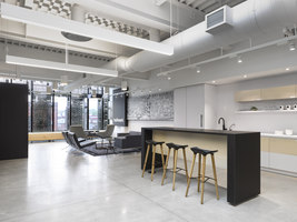 619 Queen West | Büroräume | Quadrangle