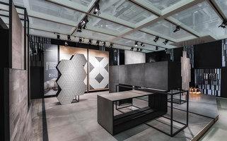 Kale | Cersaie 14 | Showrooms / Salónes de Exposición | Paolo Cesaretti