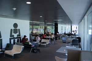 The McCormick Tribune Campus Center | Universities | OMA