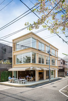 Vin Sante + N House | Restaurants | Shigeru Ban Architects