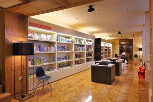 Knjigarna Modrijan | Tiendas | AKSL arhitekti d.o.o.