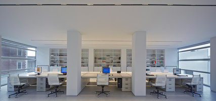 Matteo Nunziati Headquarter Office | Oficinas | Matteo Nunziati